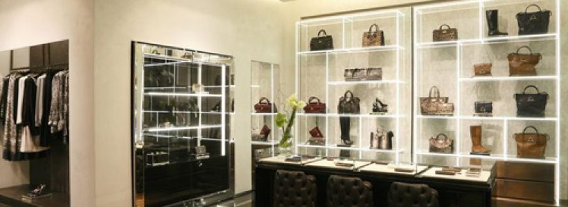 Prima boutique in Azerbaijan per ROBERTO CAVALLI.