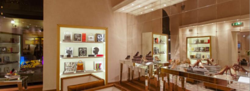 FERRAGAMO apre un gift shop nella boutique di Firenze.