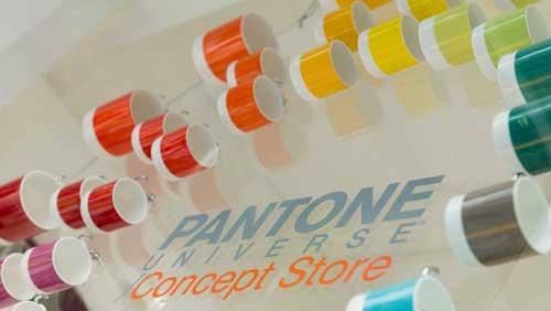 Pantone concept store milano