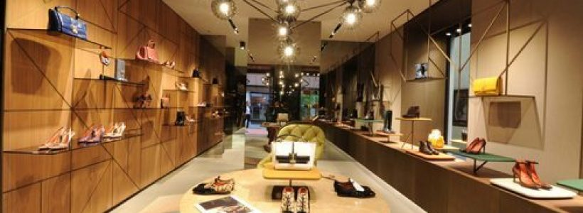 SANTONI: flagship store Lugano.