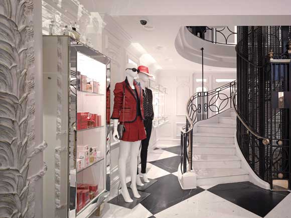 JUICY COUTURE London flagship store mra architecture