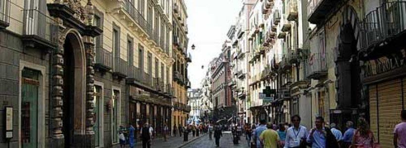 Immobiliare e retail. Per sostenere il commercio è necessario diminuire i prezzi degli immobili