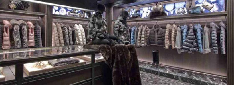 MONCLER apre la seconda boutique a Parigi.