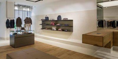 Un interno contemporaneo per la nuova boutique PESERICO di Roma in Campo Marzio.