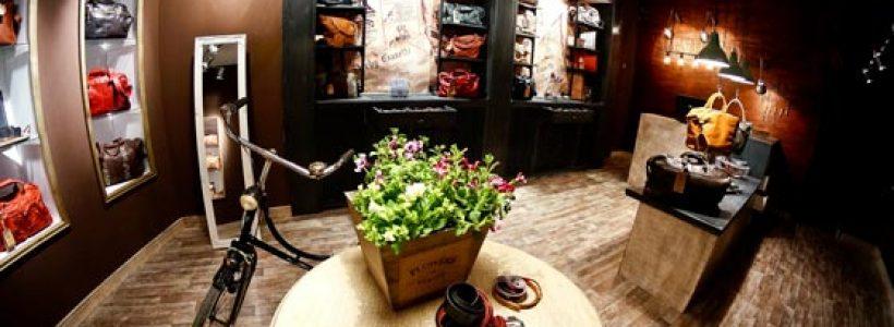 Lo Studio GLAMSHOPS firma il negozio MENHARD a Sibiu.