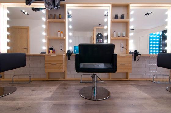 Estudio Vitale progetto salone di Parrucchiere LLORENÇ