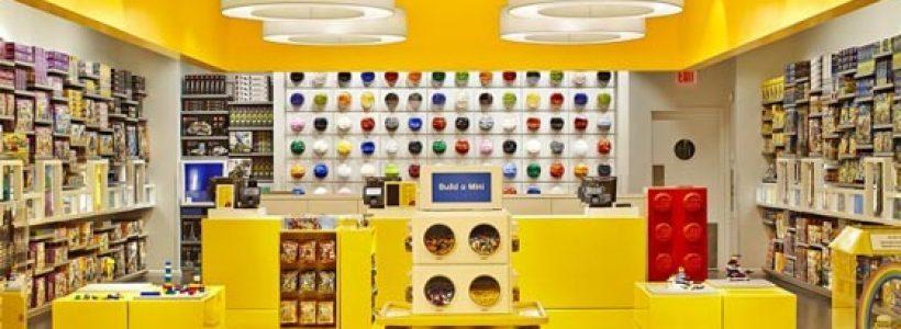 """Primo Lego Store in Italia: a """"Il Centro"""" di Arese l'impero del mattoncino."""
