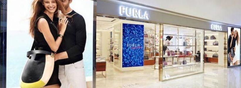 Maxi flagship store FURLA a Shanghai.