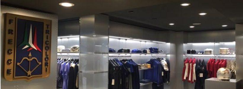 AERONAUTICA MILITARE inaugura il suo flagship store a Milano.