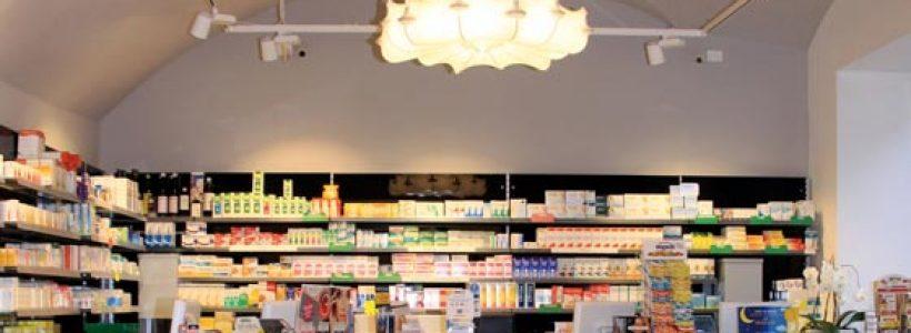 Th.Kohl firma la Farmacia Thaler di Rovereto.