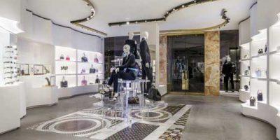 VERSACE apre una boutique a Boston consolidando la sua presenza in America.