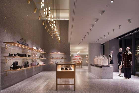 Valentino apre il suo primo flagship store a Tokyo