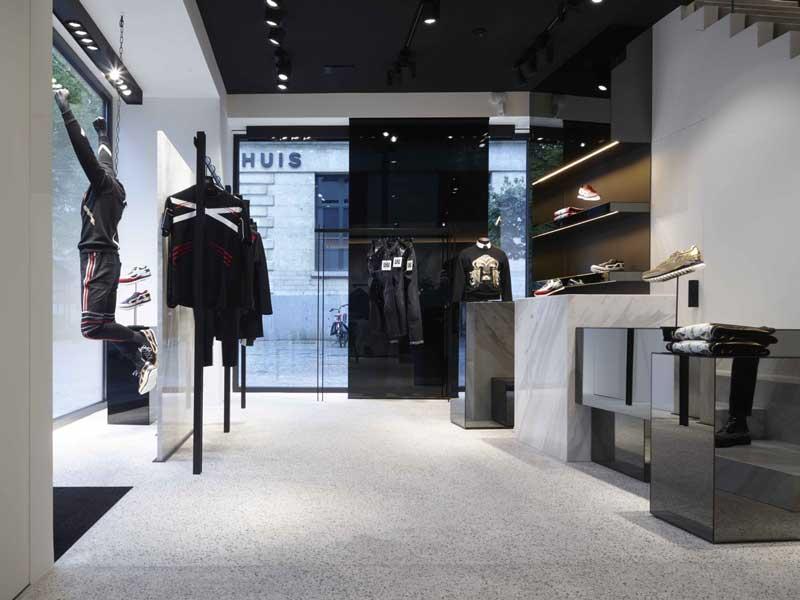 Les Hommes flagship store Anversa