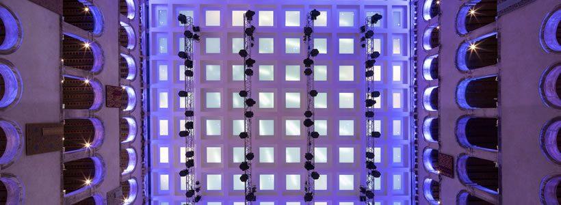 """T FONDACO DEI TEDESCHI il """"luxury mall"""" di Venezia."""