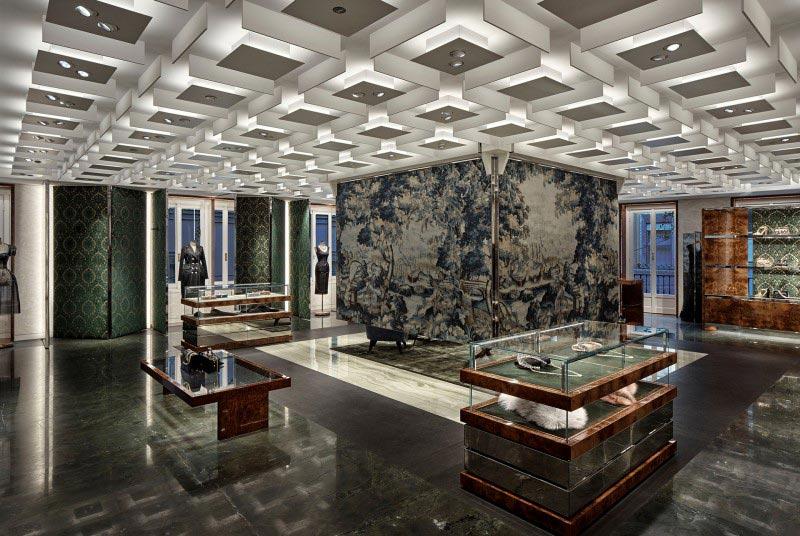 Dolce&Gabbana finisce era concept store