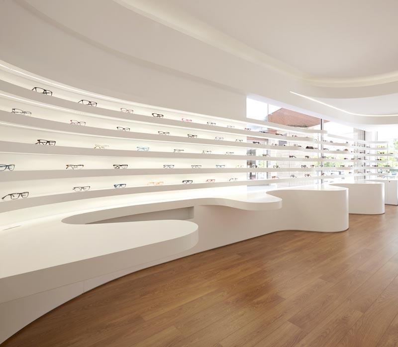 Ottica Queiros retail design Tsou Arquitectos