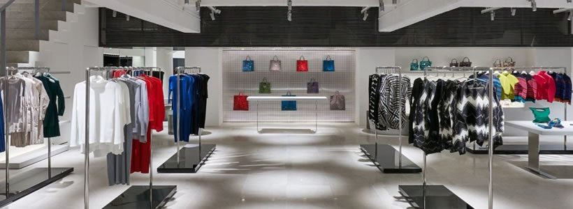 Seconda boutique a Ginza per ISSEY MIYAKE.