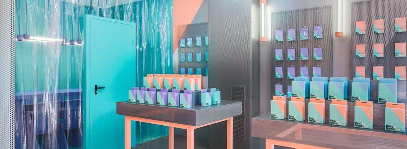 Masquespacio designs Doctor Manzana's second store.