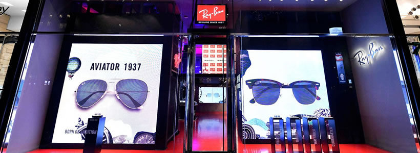 RAY-BAN: aperto a Milano il primo pop up store in Italia.