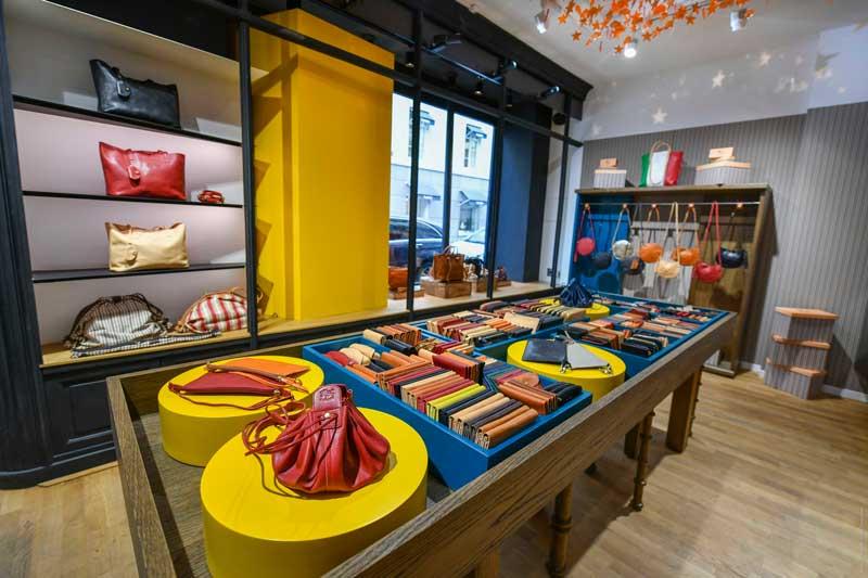 pop-up store a Parigi per IL BISONTE