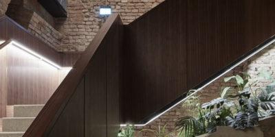 Gli architetti del Büro KLK realizzano il progetto per il Kript Bar di Vienna.