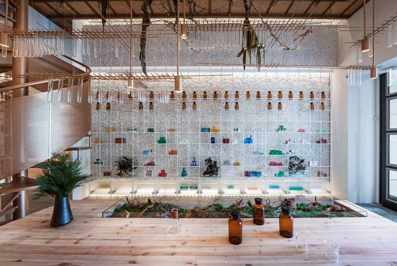 Waterfrom Design progetto farmacia Molecure