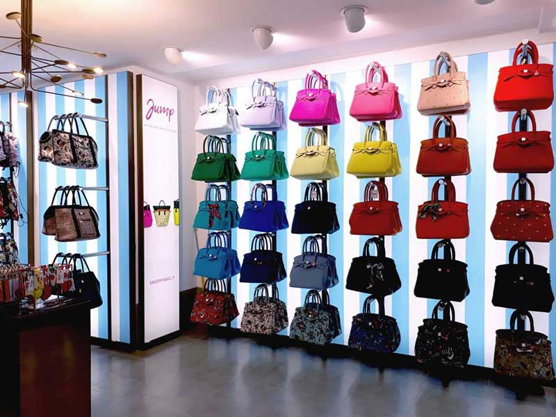 Negozi Borse.Save My Bag Apre Un Negozio Monomarca A Venezia An Shopfitting