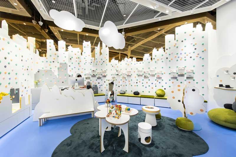 prism design retail design progetto concept store fly pony