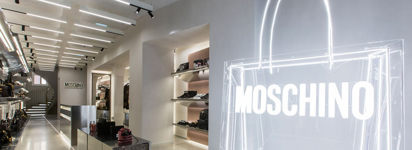 MOSCHINO apre la seconda boutique a Parigi.