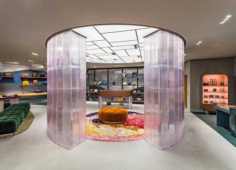 Mulberry flagship store Regent Street Londra