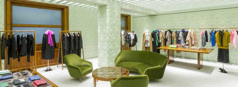PRADA rinnova la boutique di via della Spiga a Milano.