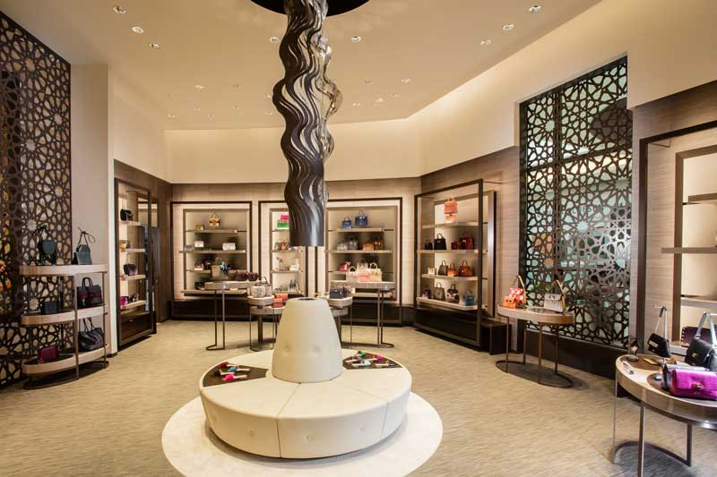 Dobas Ag interior design 51East Shoes and bags boutique Doha QatarDobas AG progetto boutique 51East Doha