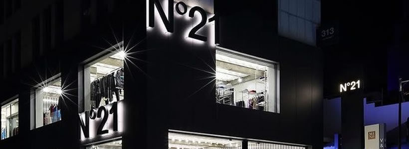 N°21 apre il primo flagship store in Corea.