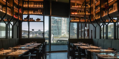 Vudafieri-Saverino Partners mette in scena Peck CityLife: gastronomia, ristorante, enoteca, cocktail bar.