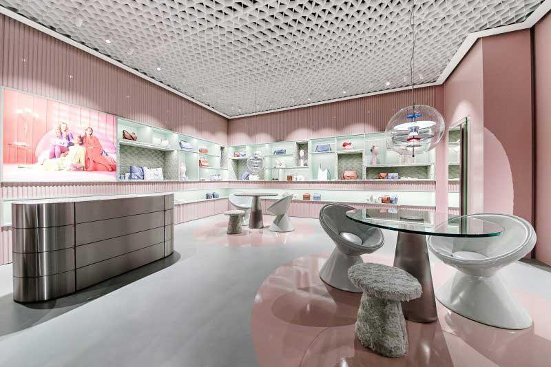 flagship store Coccinelle corso Vittorio Emanuele Milano