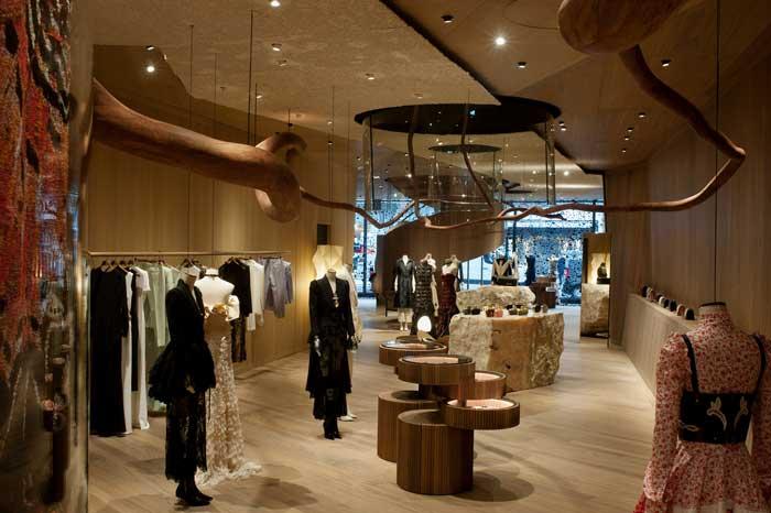 Alexander McQueen concept boutique Londra