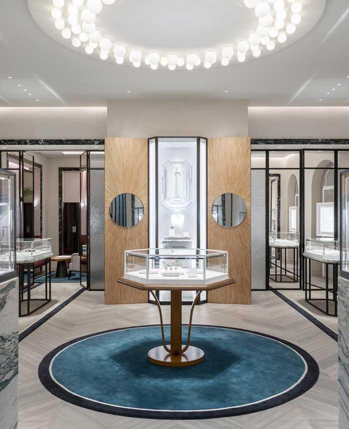 Lo studio LECOADIC SCOTTO firma la boutique BOUCHERON di Mosca