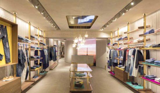 JACOB COHËN  apre una boutique a Parigi.