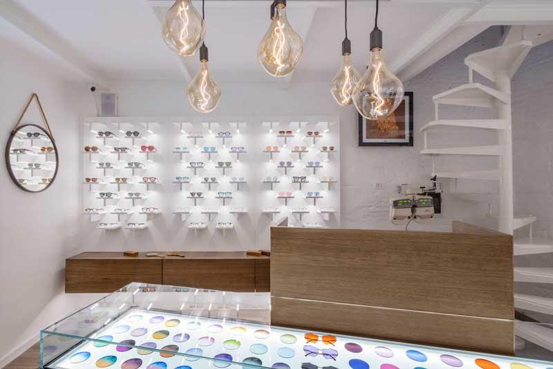 Piùstore progetto interior design Ottica Tullino Napoli