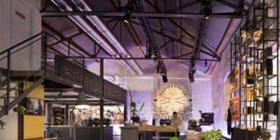 Sistemi illuminotecnici in un Café d'avanguardia.