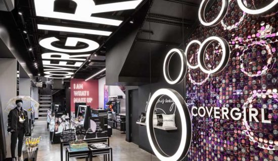 Covergirl Cosmetics  Flagshipstore, New York.