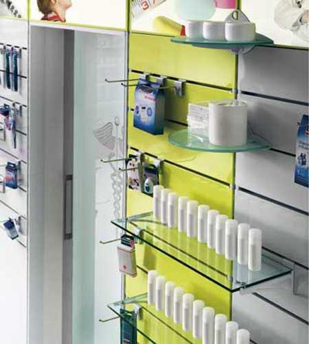 CRC arredi su misura e personalizzati per farmacie e parafarmacie