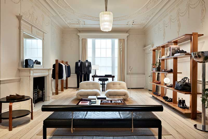 Brioni riapre completamente rinnovato il flagship store di Londra