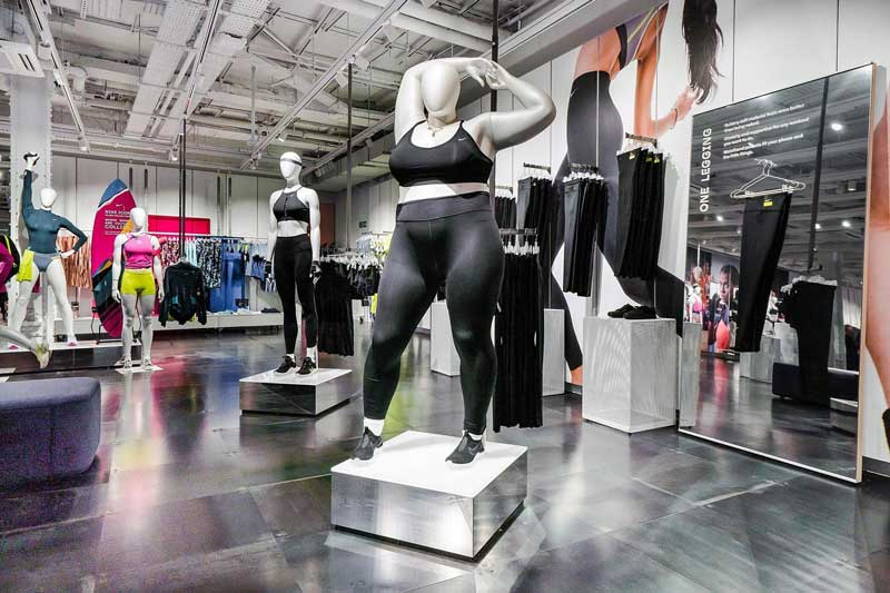 Nike curvy and para-sport mannequins