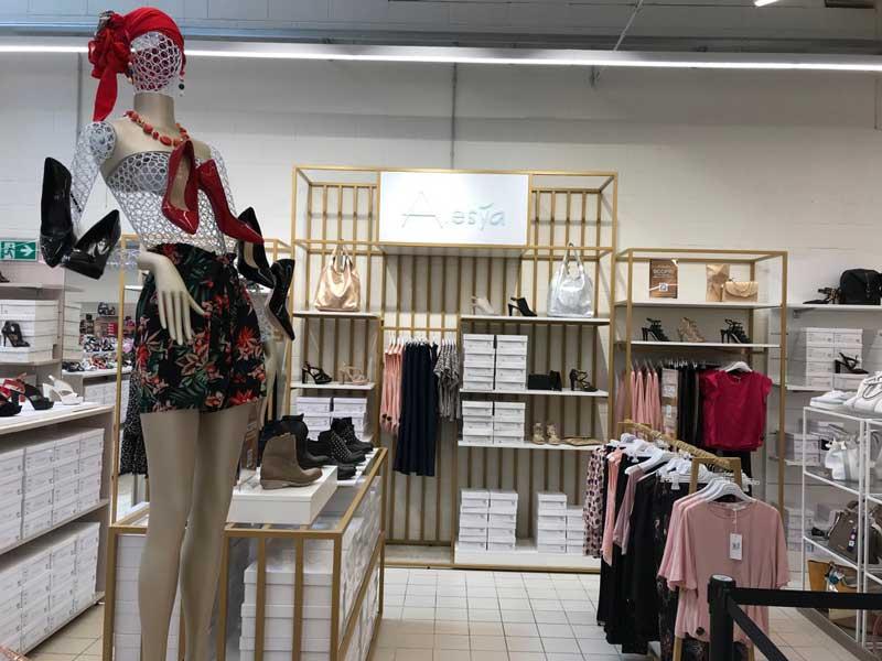 Scarpe&Scarpe nuovo punto vendita Shopping Center Mondojuve a Vinovo