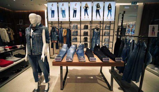 GUESS inaugura un nuovo flagship store ad Amsterdam.
