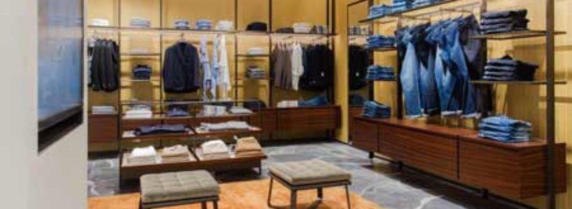 BOGGI MILANO rinnova la storica  boutique di Milano.
