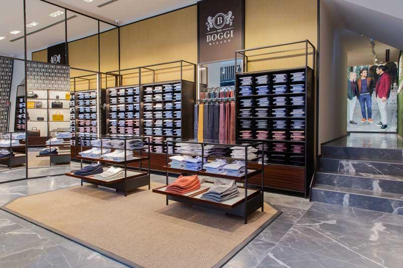 BOGGI MILANO rinnova la storica  boutique di Milano