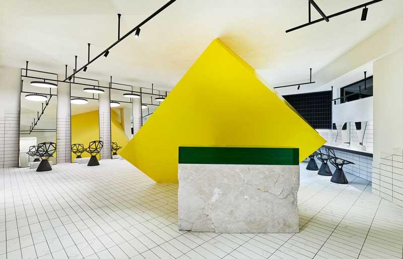 Studio Svetti Architecture salone di bellezza Un Diavolo per Capello