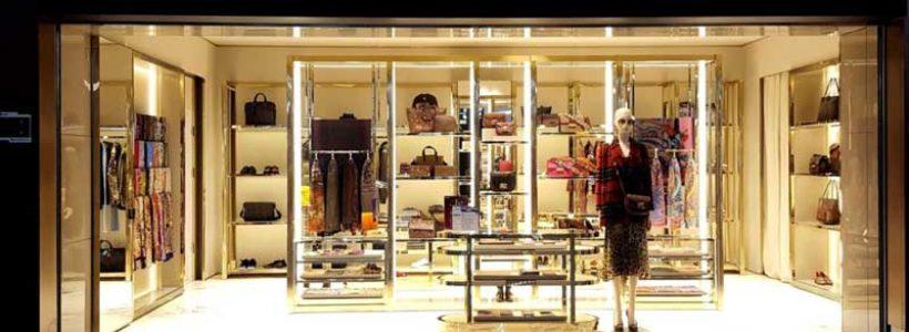 ETRO inaugura una boutique presso il nuovo aeroporto internazionale Daxing di Pechino.